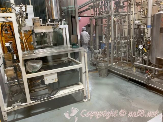 ネバーランド(長野県根羽村)の工場見学コーナー、工場内