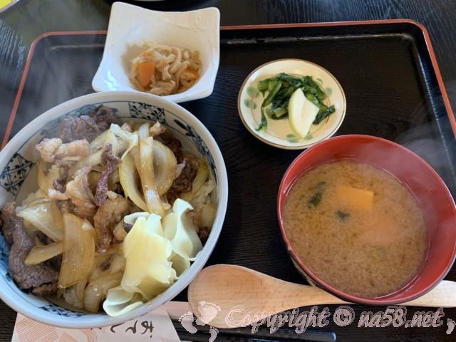 「道の駅 信州新野千石平」(長野県阿南町)、さくら丼(馬肉料理)