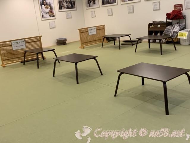 「湯らぎの里」静岡県富士市、一階畳の休憩所