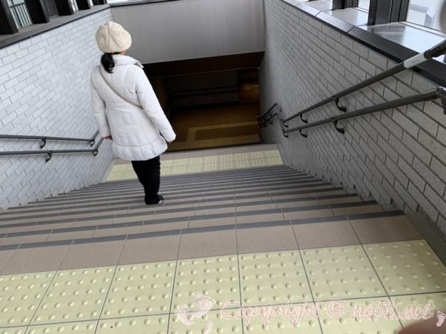 「道の駅とよはし」愛知県豊橋市、二つのスペースは地下通路で結ばれる