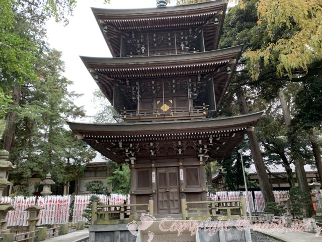 豊川稲荷(愛知県豊川市)三重の塔