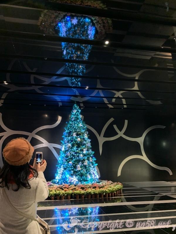 名古屋ルーセントタワーの屋内、クリスマスイルミネーション