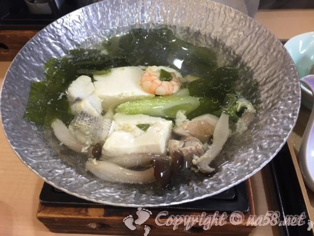 「ニューハートピア温泉ホテル長島」朝食、小鍋