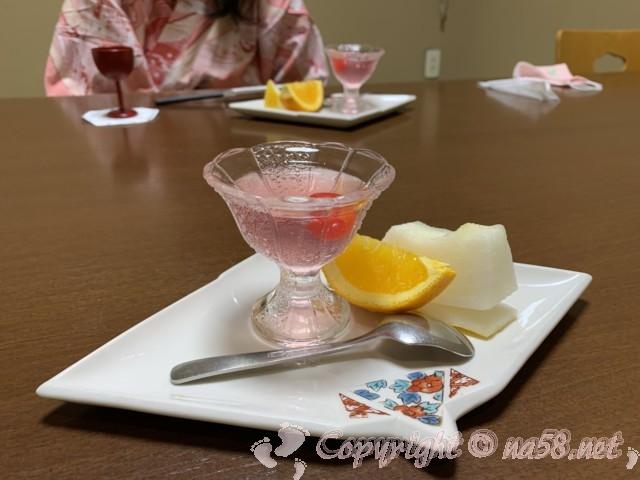 渚のリゾート「竜宮ホテル」(愛知県西尾市吉良町)夕食のデザート