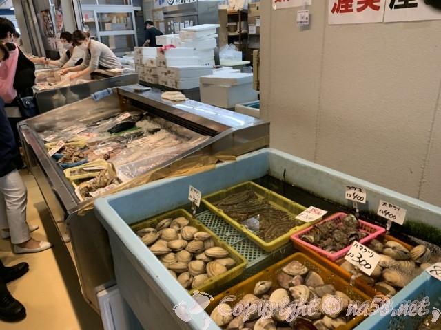 「一色さかな広場」(愛知県西尾市一色町)鮮魚のお店