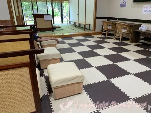 JAあぐりタウンげんきの郷(愛知県大府市)のめぐみの湯の無料休憩所