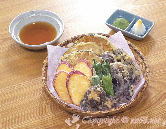 天ぷらの盛り合わせの画像 写真