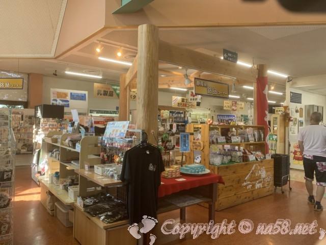 「道の駅朝霧高原」(静岡県富士宮市)売店