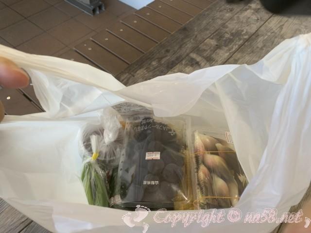 「道の駅朝霧高原」(静岡県富士宮市)産直品購入