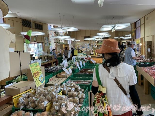 「道の駅 可児ッテ」(岐阜県可児市)の産直売り場全体