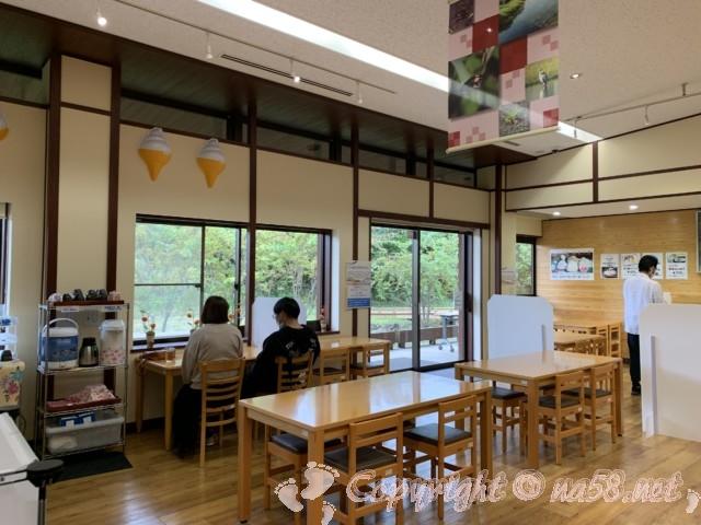 「道の駅 一乗谷あさくら水の駅」(福井県福井市)食事処レストランの様子