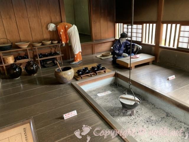 「一乗谷復原町並」(福井県福井市)中級武士の屋敷の台所