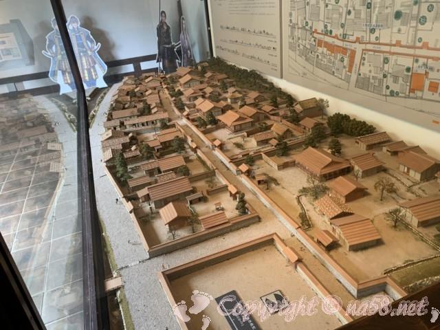 「一乗谷復原町並」(福井県福井市)北側の施設にある模型