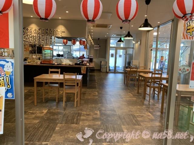 「霞の郷温泉」(福井県坂井市)のかすみ食堂 食事処レストラン店内の様子