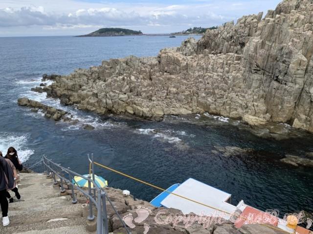 東尋坊(福井県坂井市)遊覧船乗降所からの景色