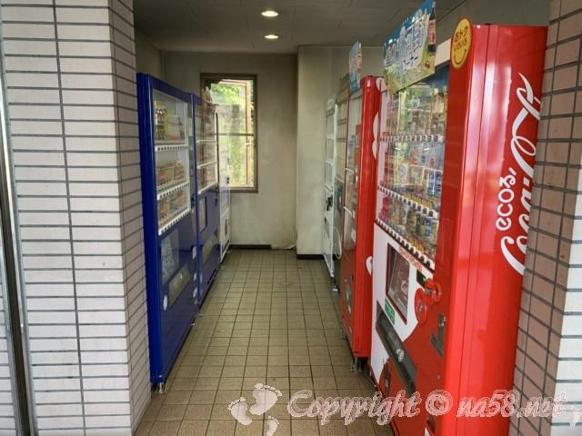 道の駅河野(福井県南越前町)自販機は屋内
