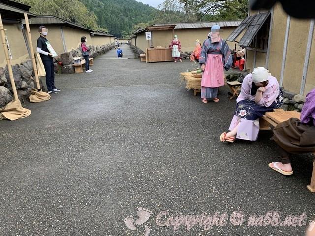 「一乗谷復原町並」(福井県福井市)町人たち