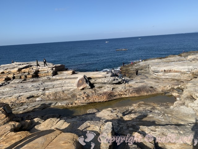 千畳敷(和歌山県白浜町)千畳敷におりて海を見る