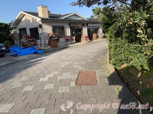 トルコの民芸品、トルコアイスを売るお店(和歌山県串本町紀伊大島)トルコ記念館そば
