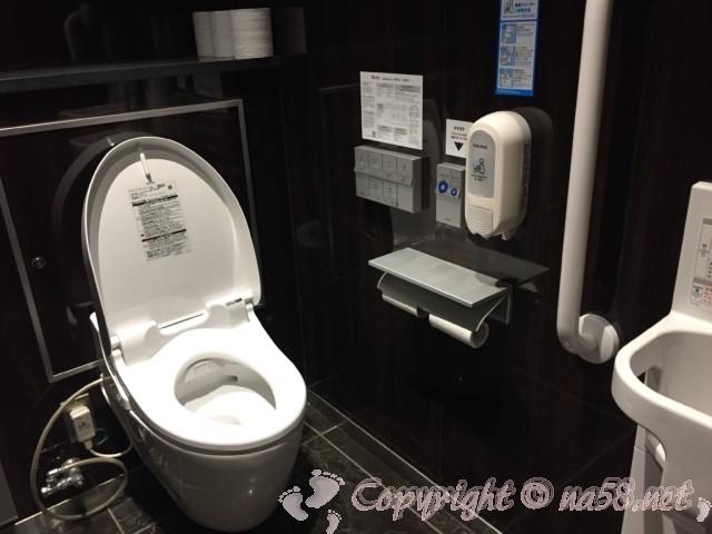 「道の駅たいじ」(和歌山県太地町)のトイレ