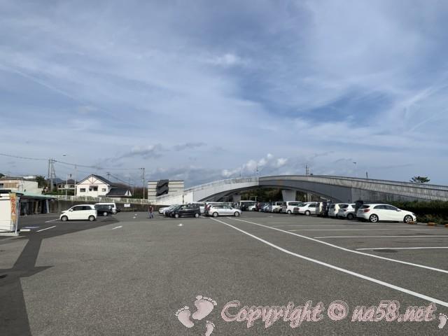 「道の駅 パーク七里御浜」(三重県御浜町)の駐車場