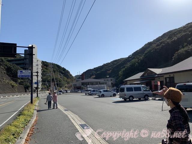 「道の駅 椿はなの湯」(和歌山県白浜町)の駐車場