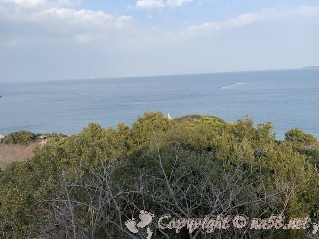 聖崎公園(愛知県南知多町)展望台からの上陸大師像