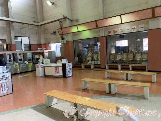 えびせんべいの里美浜本店 愛知県美浜町 おせんべい作り体験コーナー