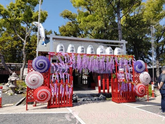 別小江神社(名古屋市北区)の拝殿前