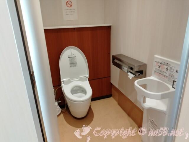 道の駅 浅井三姉妹の郷(滋賀県長浜市)トイレ最新式