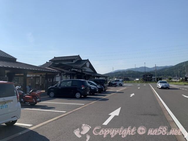 道の駅 塩津海道あぢかまの里(滋賀県長浜市)の駐車場
