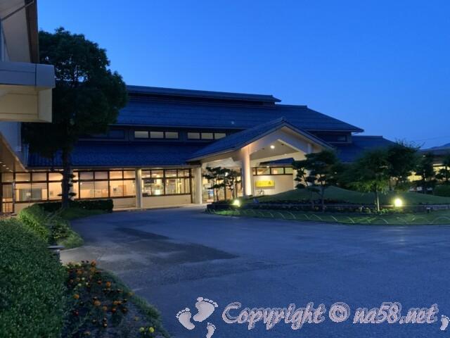 北近江の湯 北近江リゾート 天然温泉(滋賀県長浜市)外観入り口
