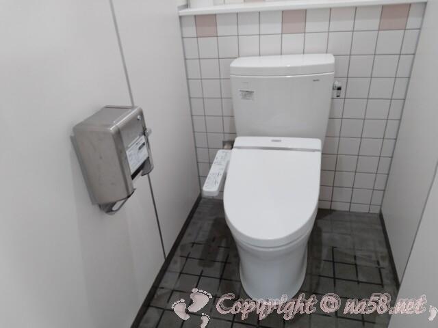 「道の駅 アグリパーク竜王」トイレ