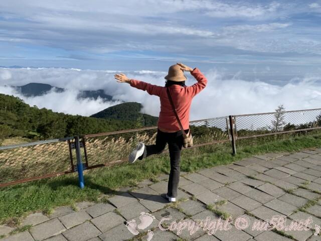 「道の駅 美ヶ原高原」朝、雲海を見下ろす